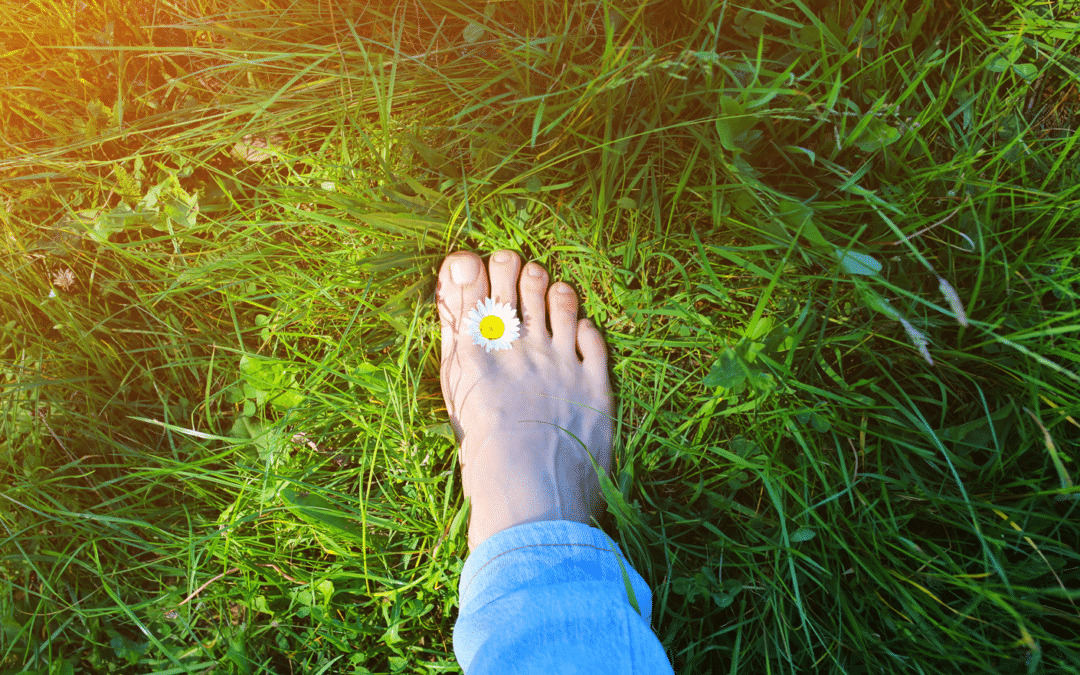 5 Health Benefits of Earthing